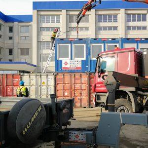 LKW MB ACTROS 4146 K – Kranarbeit Container
